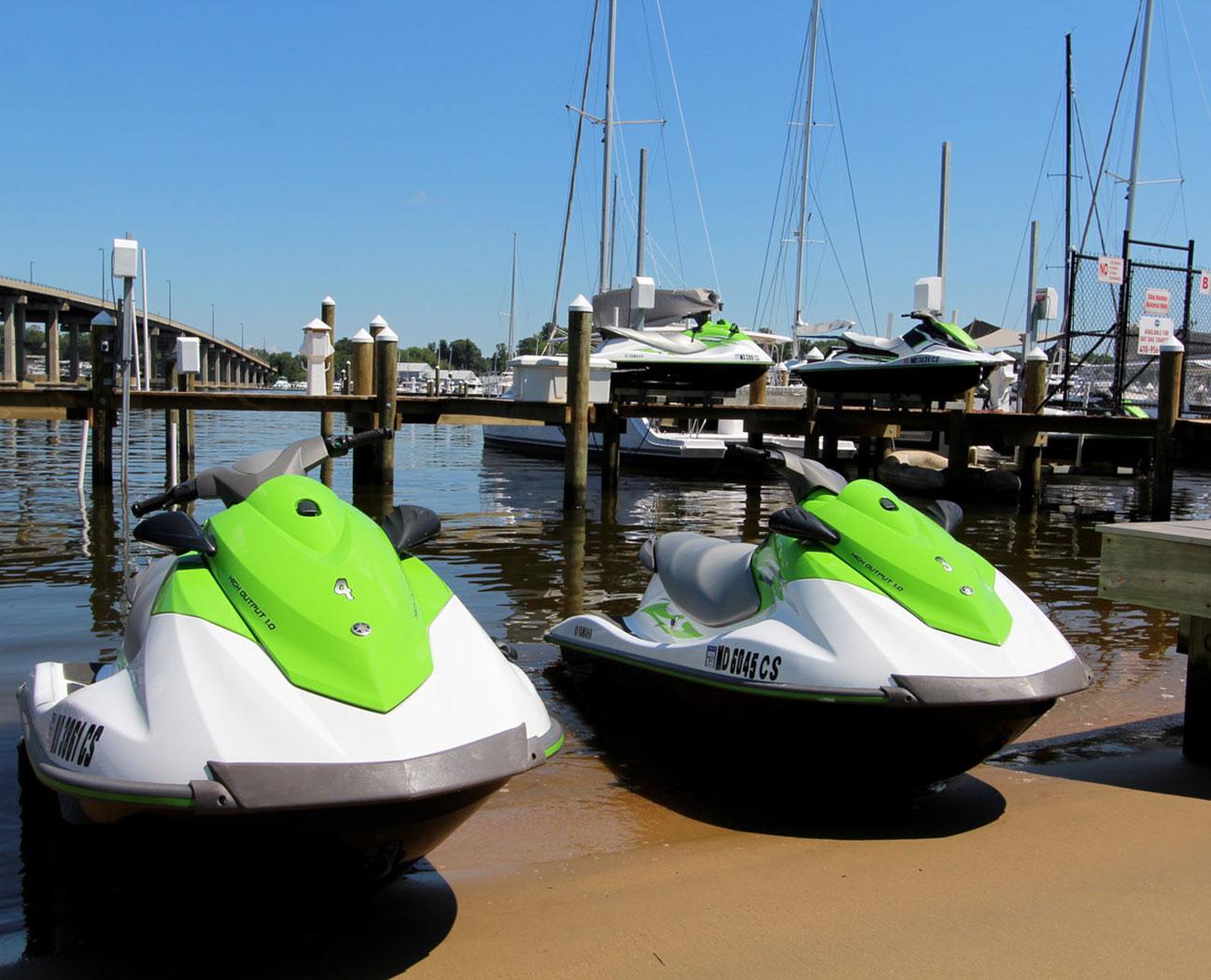 Beach-Boat Ramp-boat lifts-yoga-jetski-boat slips-restaurant